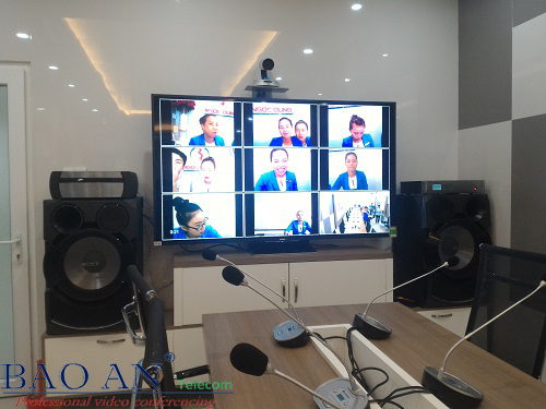 Installation of video conferencing system AVer SVC500